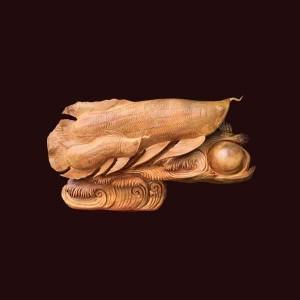 Tượng Cá Kim Long gỗ pơ mu 105x62x23cm