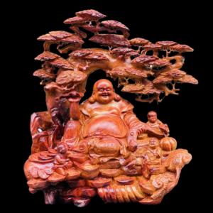 Tượng Phật Di Lặc Ngự Gốc Tùng Gỗ Hương GL 120x80x45cm