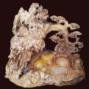 Tượng phật Di Lặc ngồi gốc Tùng gỗ Cẩm cát
