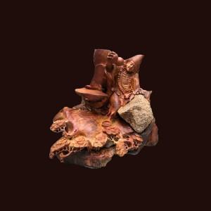 Tượng Tế Công gỗ hương ôm đá 52x52x45cm