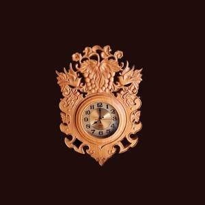 Đồng hồ treo tường gỗ thông 61x42,5x5,5cm