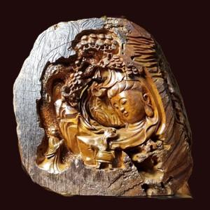 Tượng Nhất Tâm Bái Phật Quan Âm Gỗ Lũa Bách Xanh 41x47x14cm