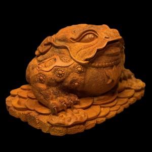 Tượng Thiềm Thừ Gỗ Hương 28x35x45cm