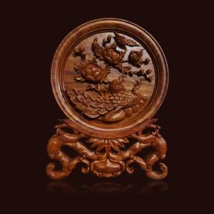 Đĩa gỗ Hương chim Công hoa Phù Dung