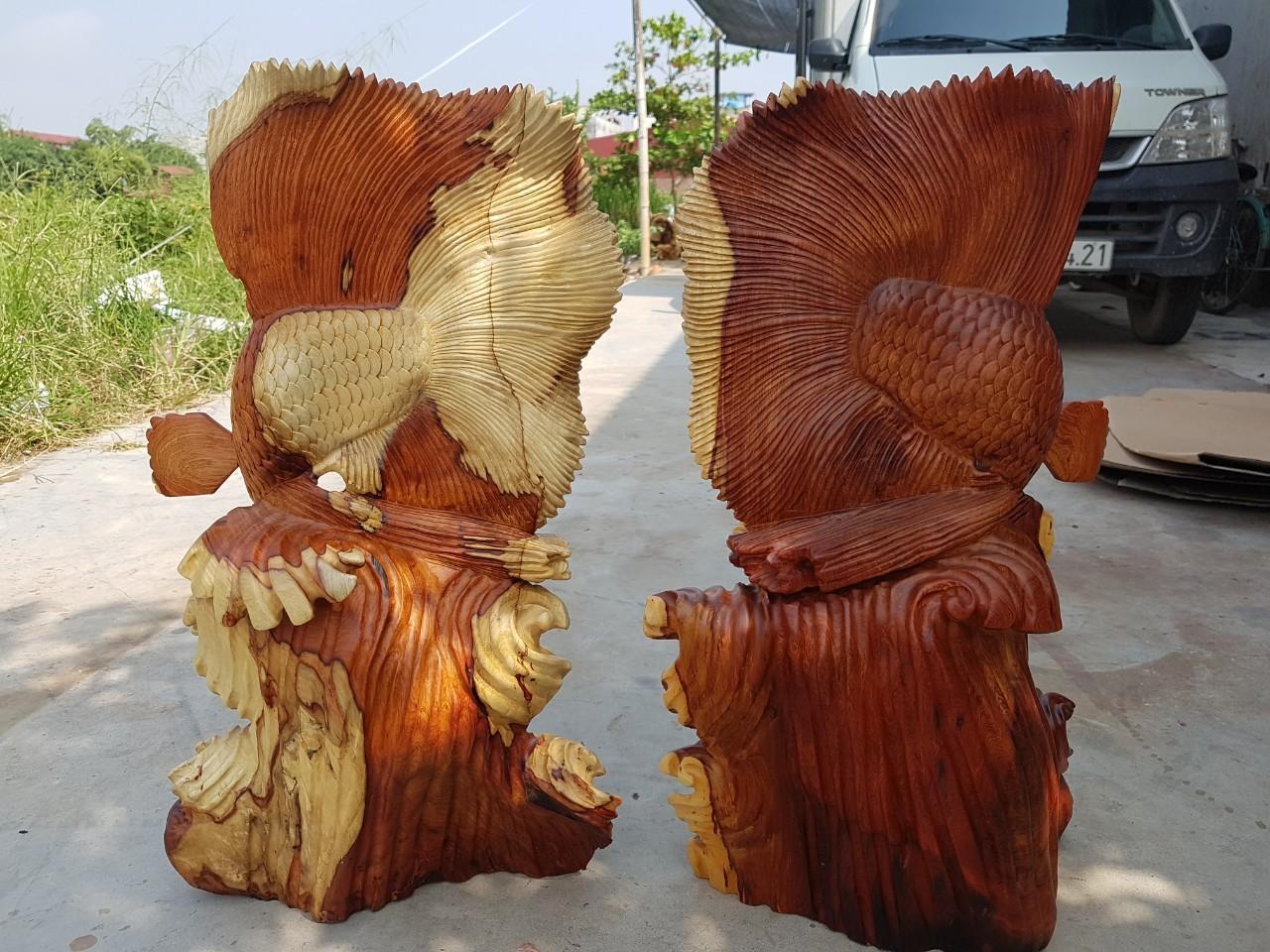 Tượng gỗ Cá Xiêm - Ý nghĩa phong thủy và cách trưng bày mang lại tài lộc
