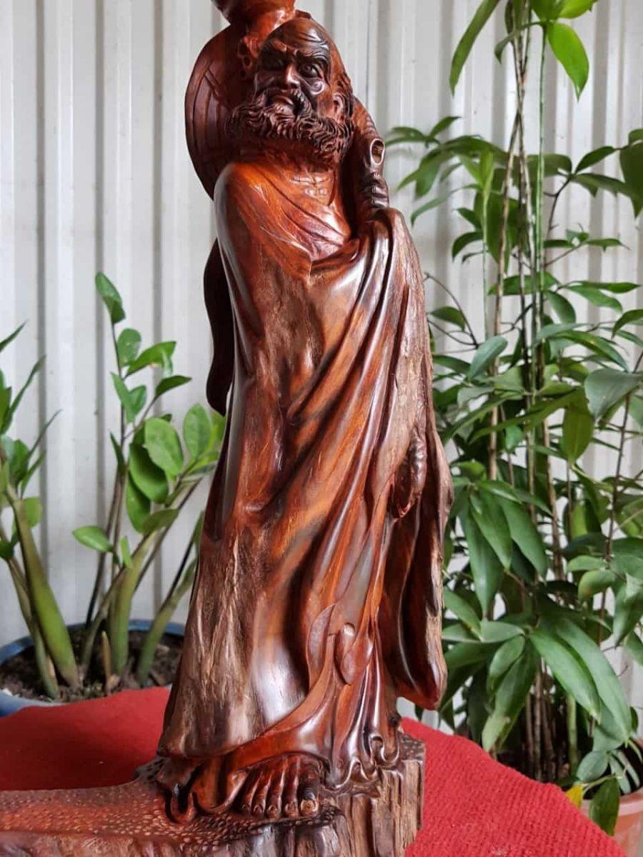 Ý nghĩa của tượng gỗ Đạt Ma trong phong thủy và đời sống tâm linh