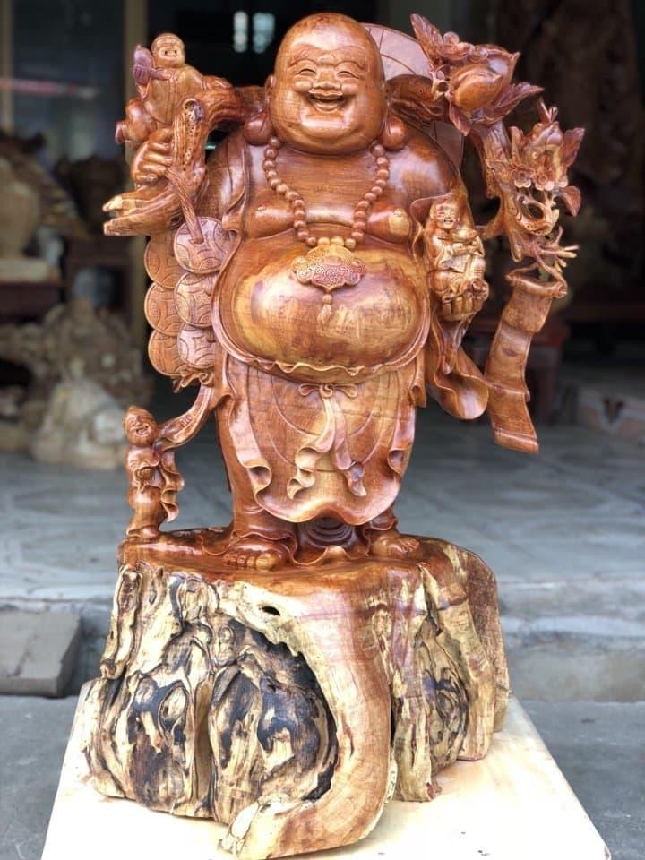 Ý nghĩa phong thủy của những đứa trẻ xung quanh tượng Phật Di Lặc