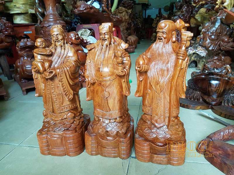 Cách đặt tượng gỗ Phúc Lộc Thọ hợp phong thủy